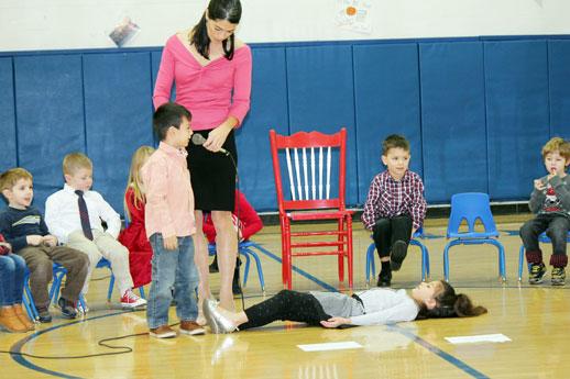 Advent prayer service by Preschool